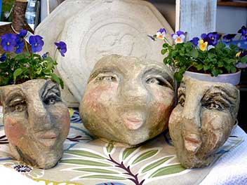 Concrete planter heads